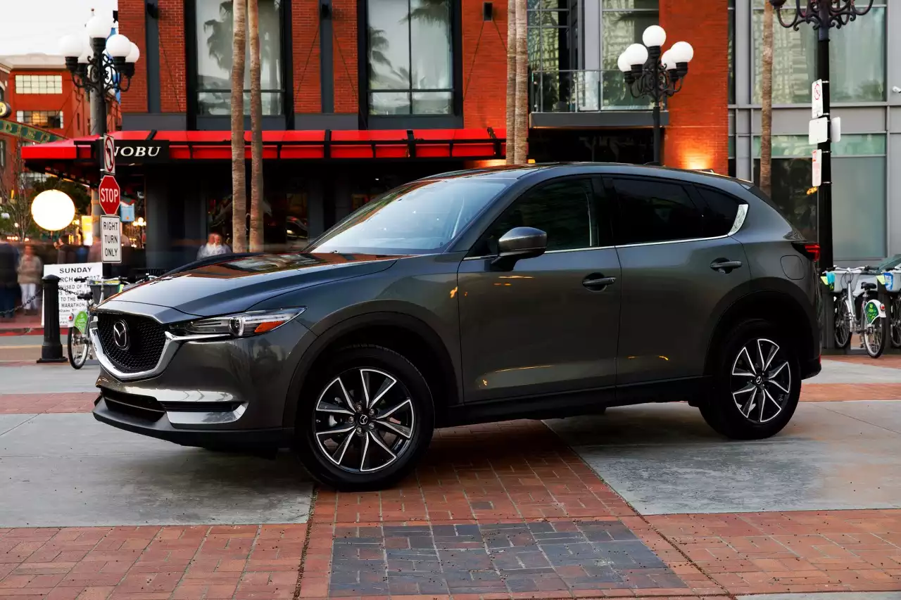 2017 Mazda CX-5: Stylish & Beautifully Designed