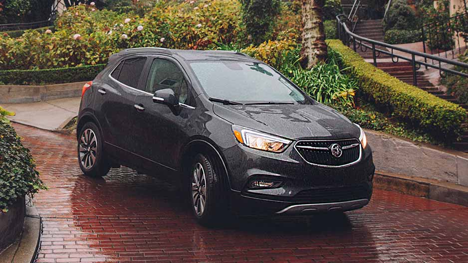 2018-buick-encore-mov-performance-17BUER00301-938x528