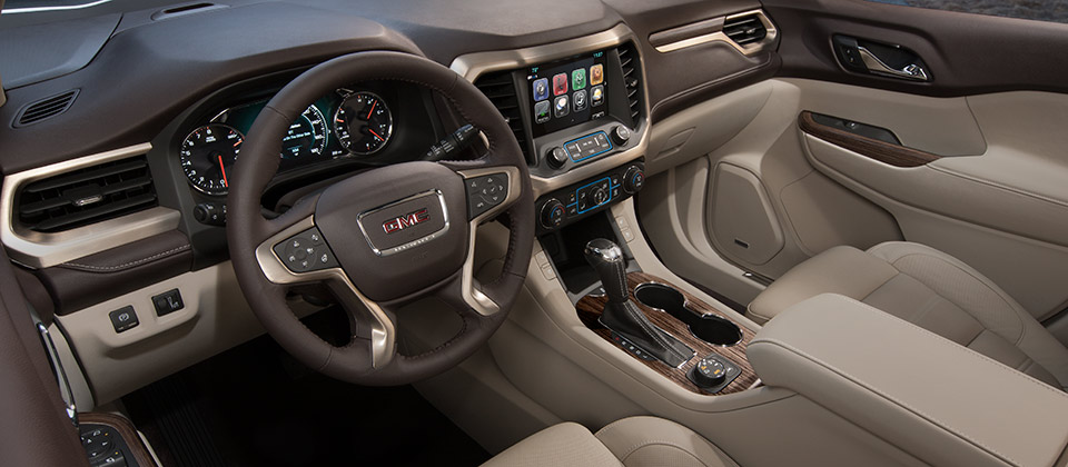 2018-gmc-acadia-denali-mov-interior-mm1-lightbox-960x420-01