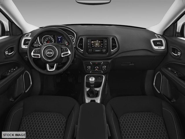 2018JeepCompass-Interior-CutterAutoGroupHAwaii