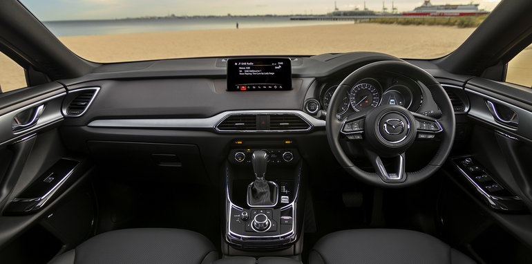2018MazdaCX9Interior-CutterAutoGroupHawaii